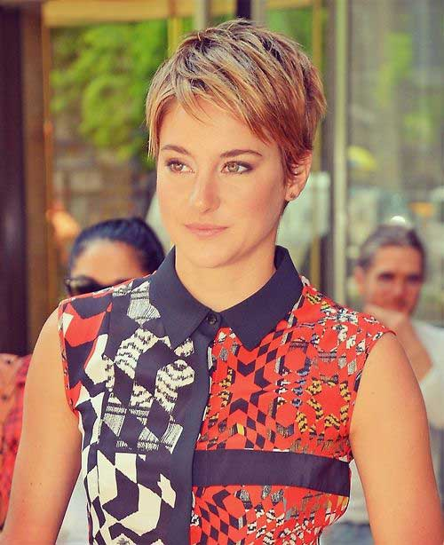 Chic Short Pixie Haircut Pictures