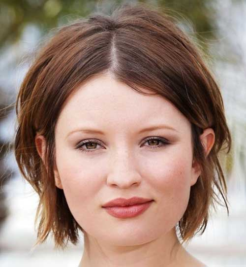 Growning Pixie Haircut Round Face