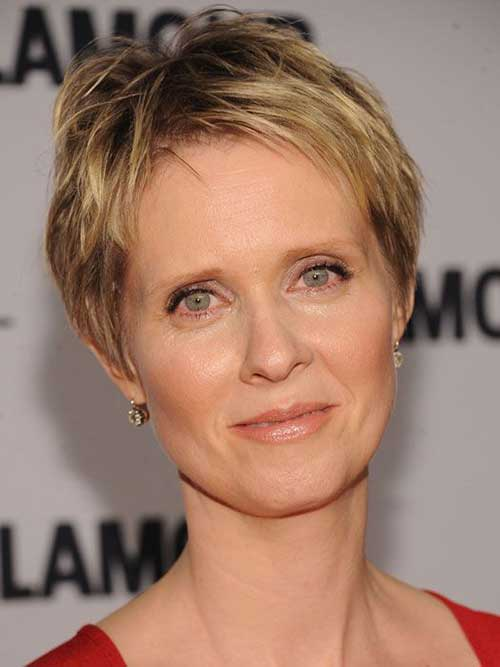 Short Chic Pixie Hairstyles for Round Faces