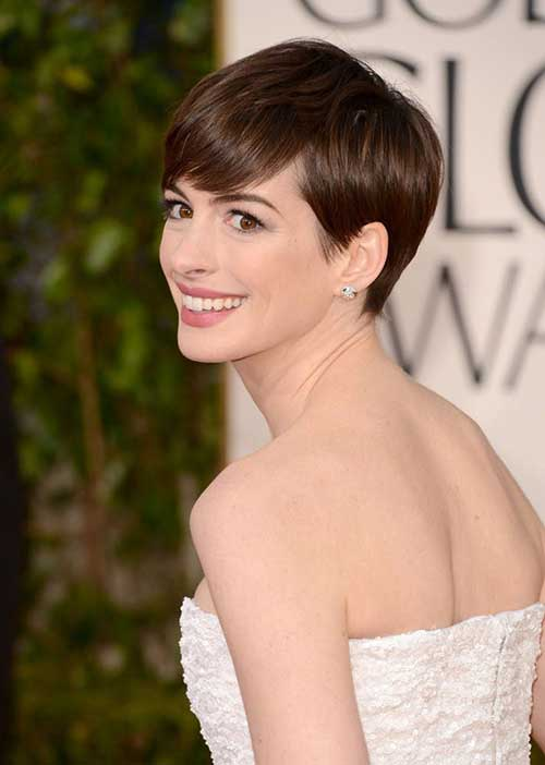 Anne Hathaway Classy Pixie Cut Styles