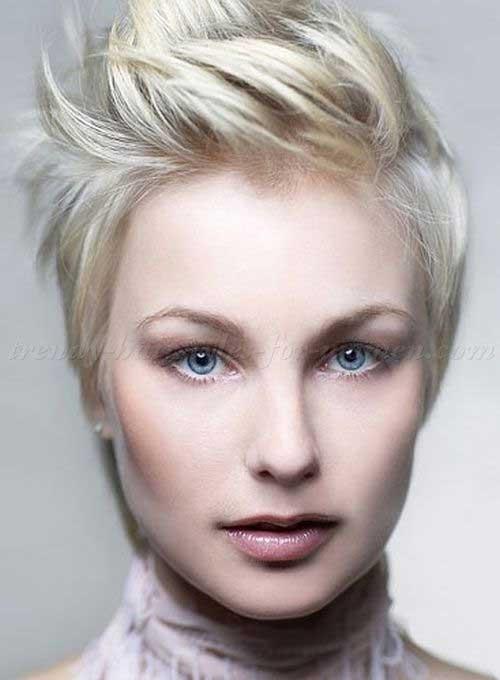 Blonde Straight Hair Pixie Cut Ideas