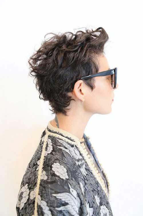 pixie haircut curls