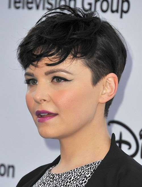 Short Side Pixie Haircut Ideas for Oval Face