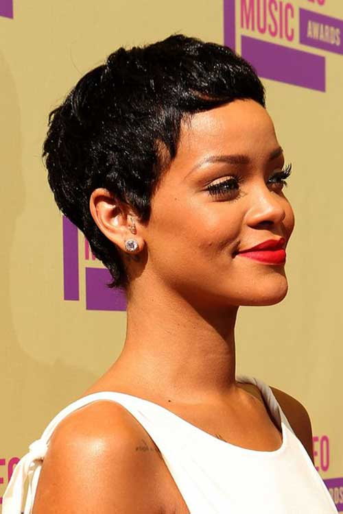 Rihanna Pixie Hair-14