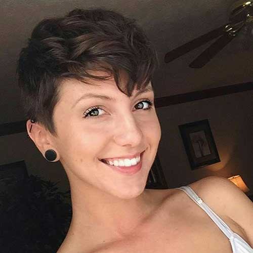 Pixie Cuts for Women-19