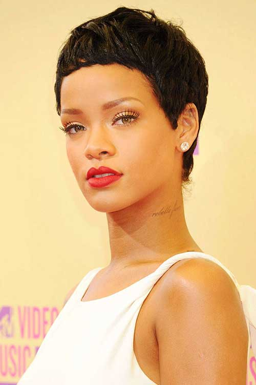 Celebrities with Pixie Haircuts-15