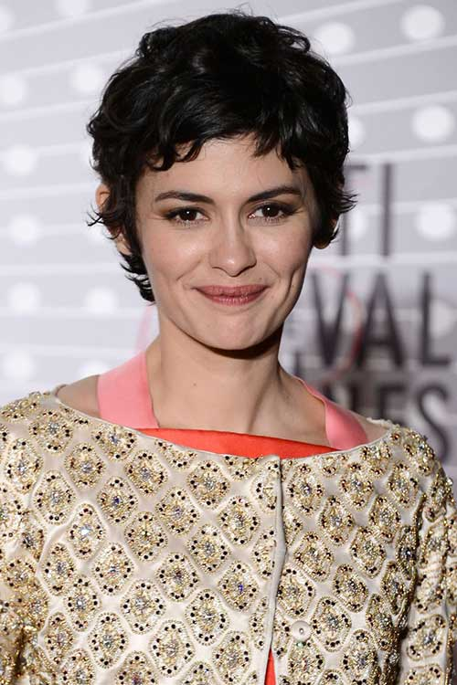 Pixie Haircuts for Wavy Hair-17