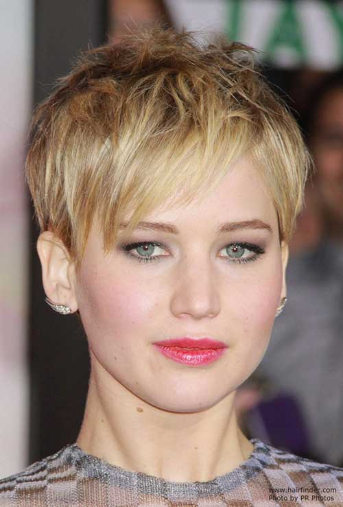 Edgy Pixie Hairstyles-21