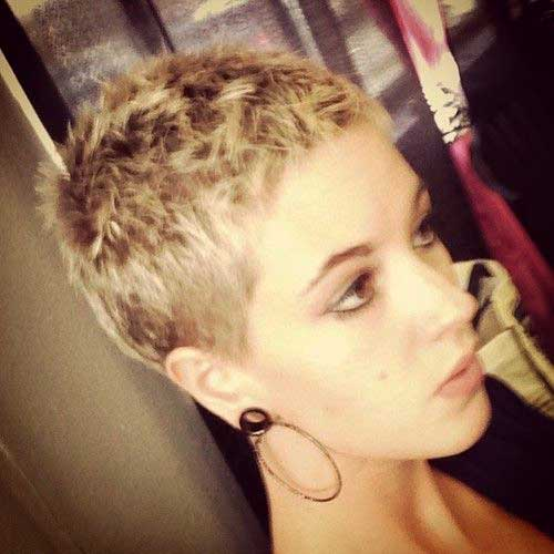 Short Pixie Hairstyles-26