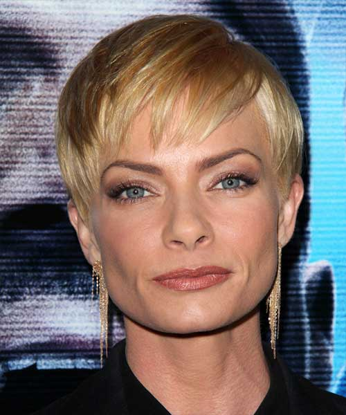Jaime Pressly Pixie Short Hair