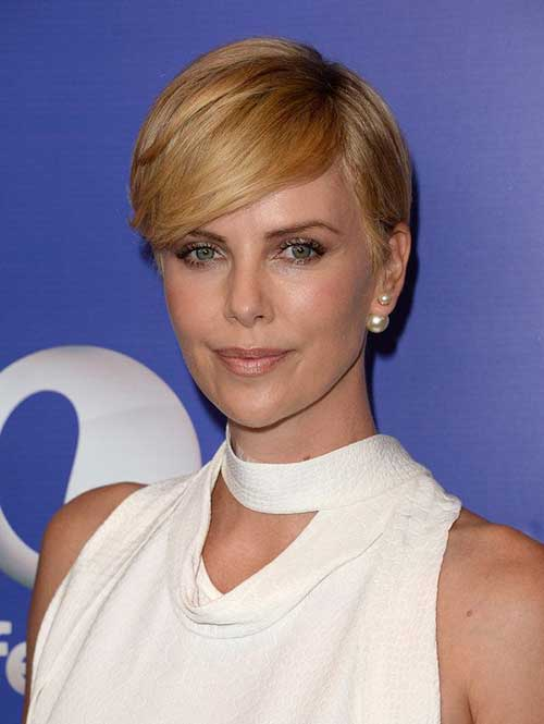 Charlize Theron Pixie Hair-20