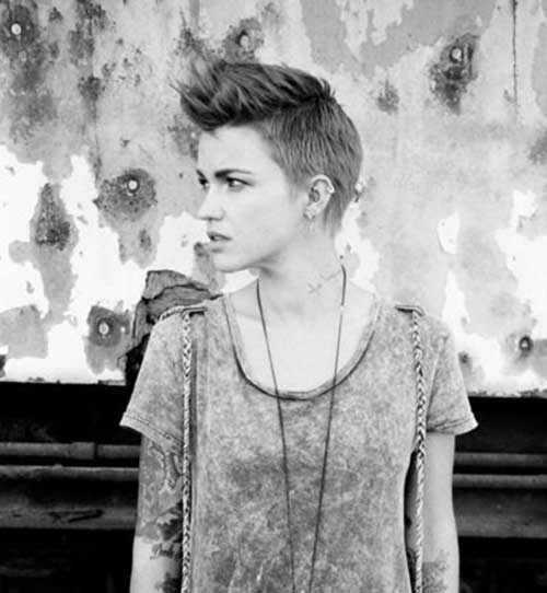 Short Pixie Hairstyles 2015-10