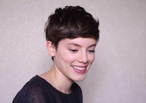 Short Dark Pixie Hairstyles-17