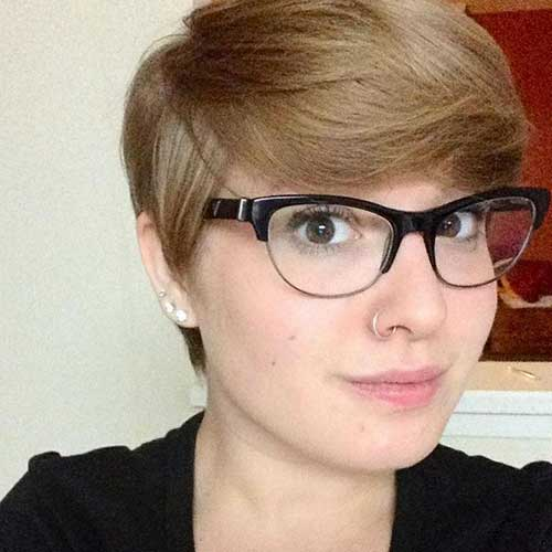 Pixie Cuts for Round Faces-7