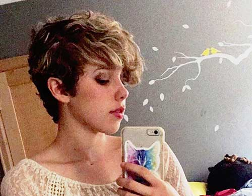 15 Short Curly Pixie Hairstyles