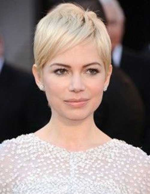 Pixie Haircut for Round Faces-11