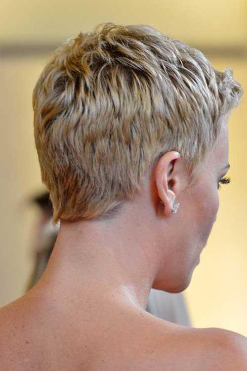 Charlize Theron Pixie Haircuts-13