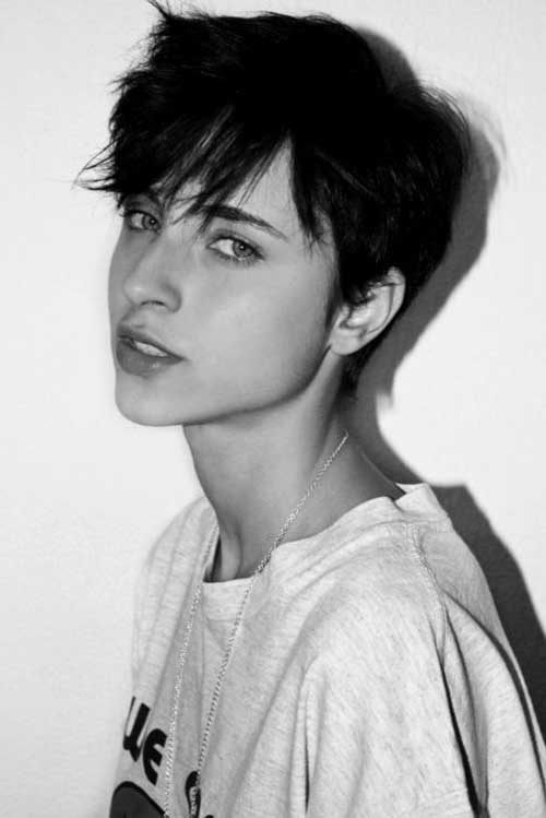 Pixie Haircut for Black Hairs-14