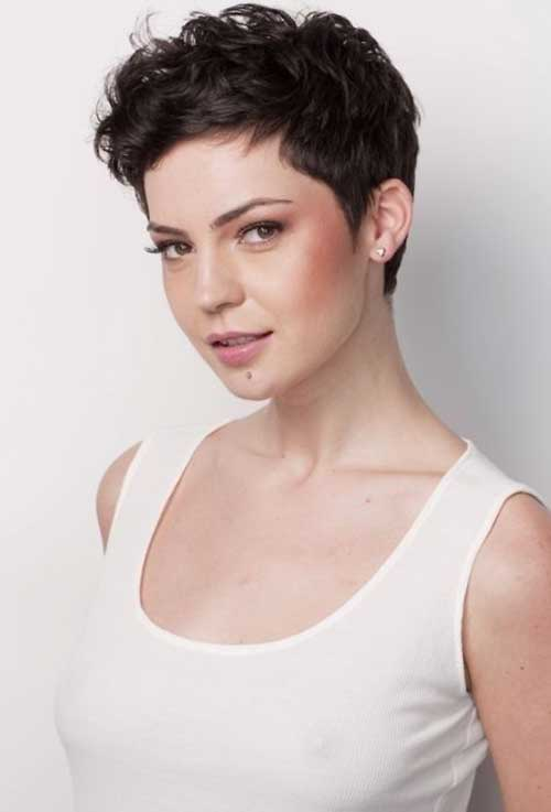 Pixie Cuts for Curly Hairs-23