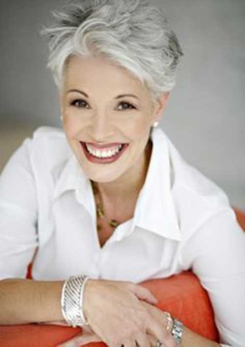 Pixie Haircuts for Older Ladies-24
