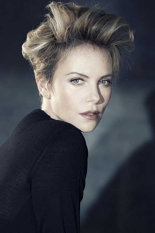 Charlize Theron Pixie Haircuts-27