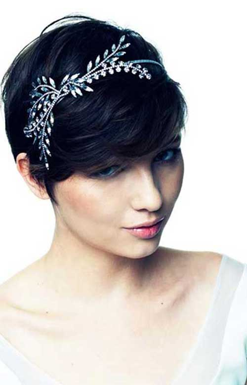 Pixie Haircut for Black Hairs-31