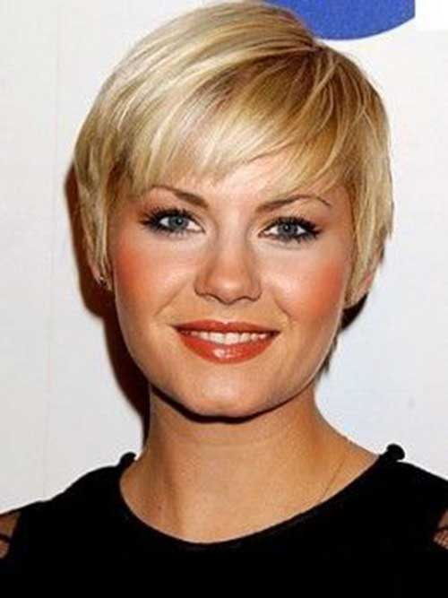 Pixie Haircut for Round Faces-7