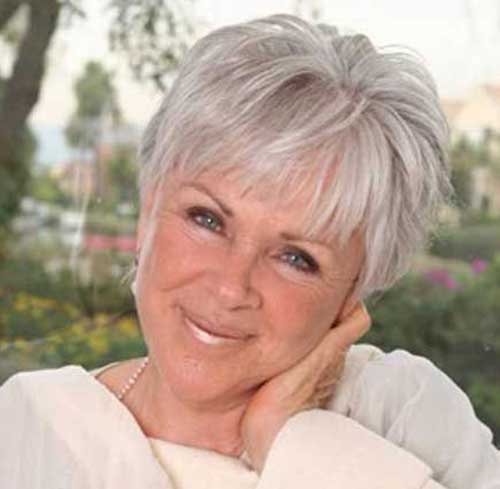 Pixie Haircuts for Older Ladies-9