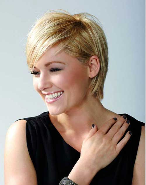 Blonde Layered Pixie Cut Ideas with Bangs