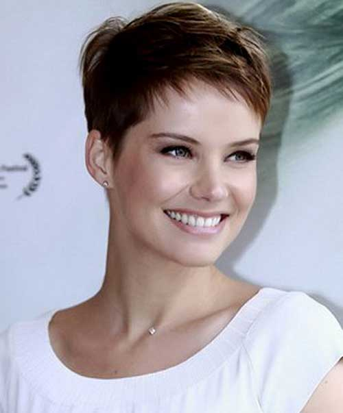 Casual Layered Pixie Cuts Ideas