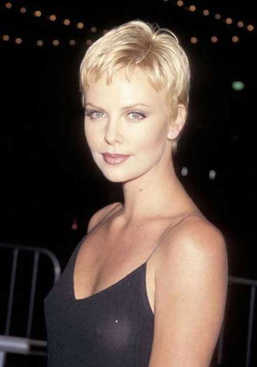 Charlize Theron Stylish Pixie Hairstyle