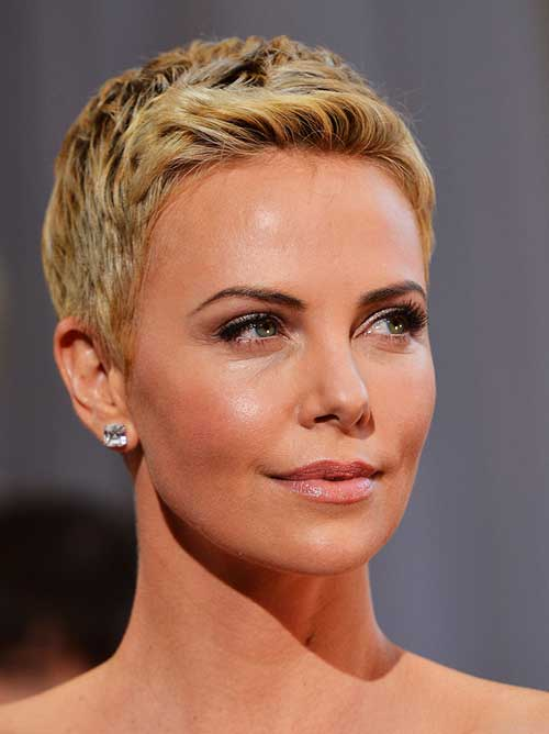 Charlize Theron Wavy Pixie Hairstyle
