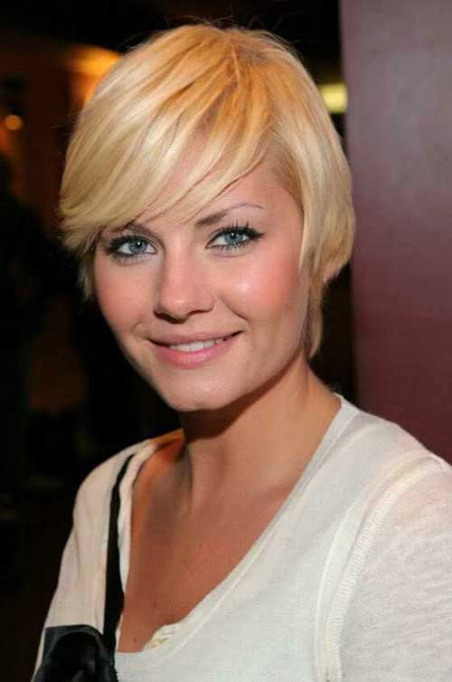 Famous Straight Side Swept Pixie Hair