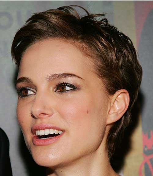 Nice Wavy Pixie Hair Cut Ideas