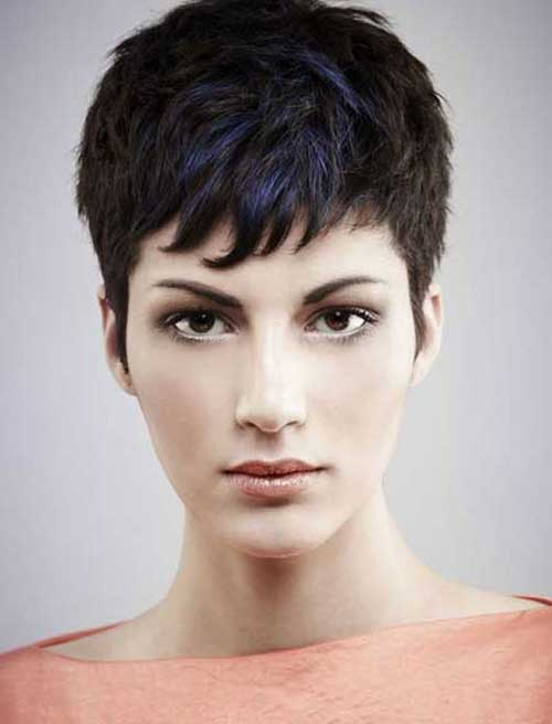 Women with Thick Casual Pixie Hair