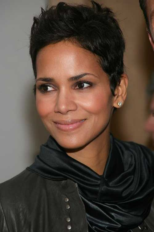 Best Halle Berry Dark Pixie Cut