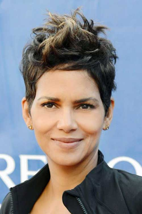 Halle Berry Pixie Haircut 2015
