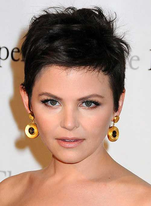 Messy Pixie Haircut for Round Face