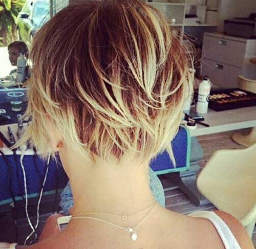 Highlighted Pixie Cut Color