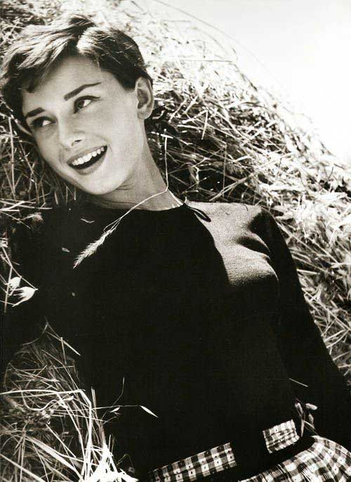 Good Pixie Haircut Audrey Hepburn