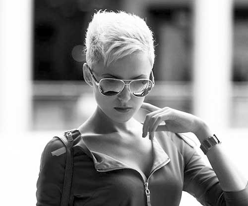 Stylish Short Pixie Haircuts Pictures