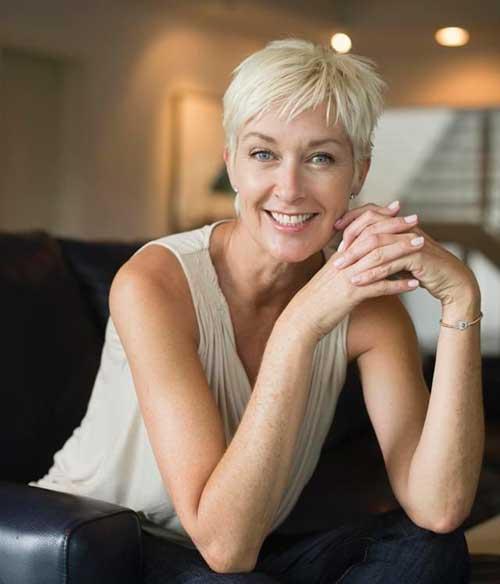 Trendy Pixie Hair for Women Over 50