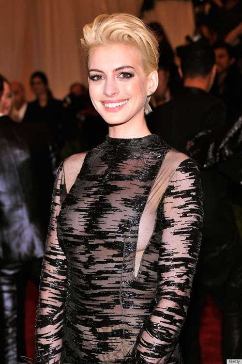 Anne Hathaway Blonde Pixie Hair