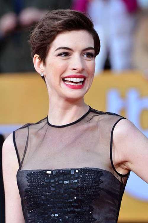 Anne Hathaway Classy Pixie Cut