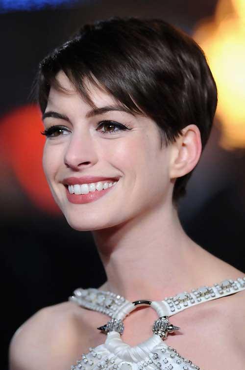 Anne Hathaway Fine Pixie Hair Styles