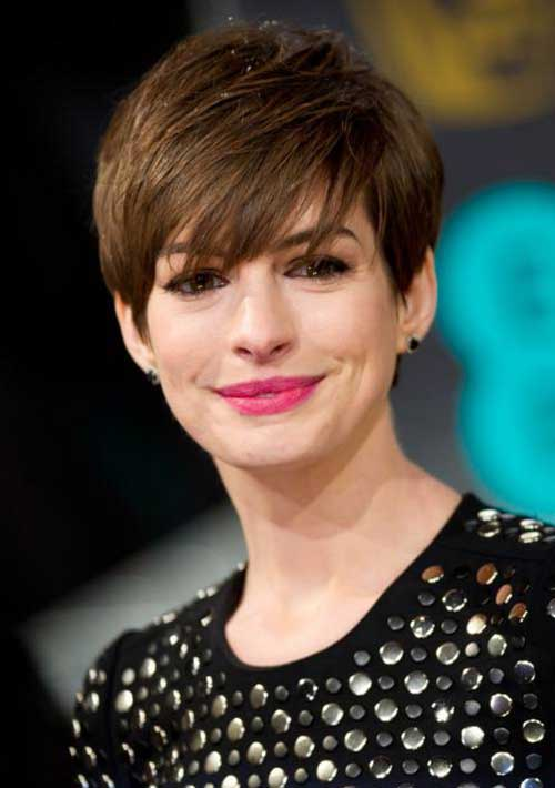 Best Anne Hathaway Pixie Hairstyle