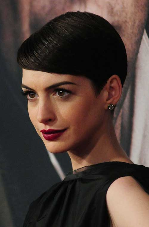 Anne Hathaway Slicked Pixie Hair