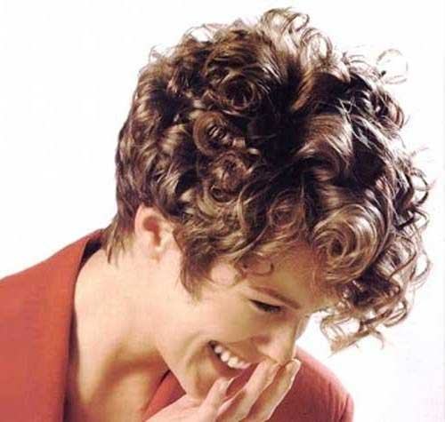 Chic Short Curly Pixie Cuts