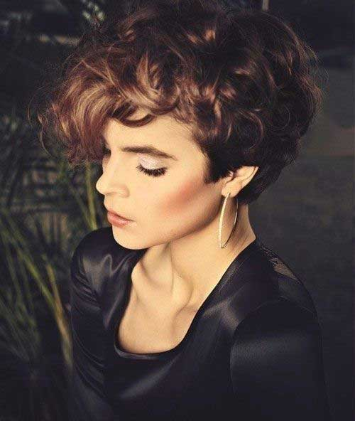 Best Pixie Haircuts for Curly Hair