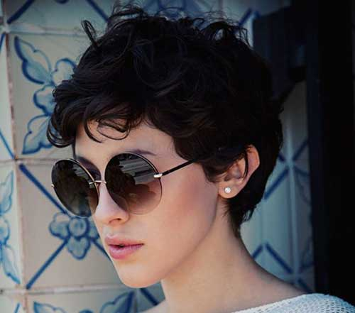 Dark Pixie Haircuts for Wavy Hair